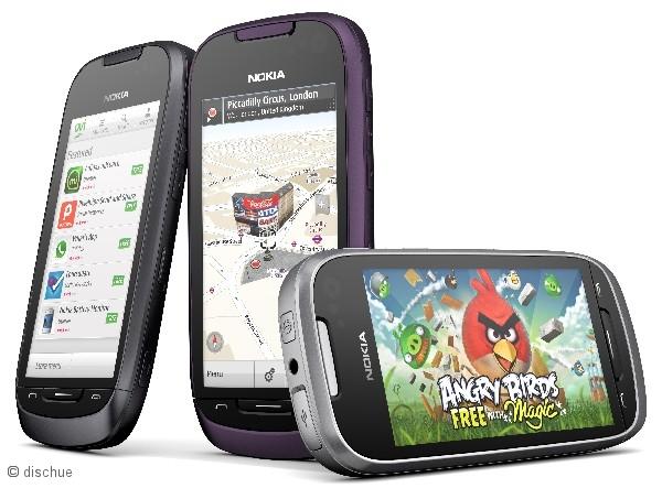 nokia_701_smartphone_drei_farben